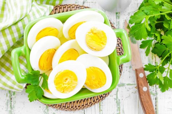 О полезных свойствах куриных яиц