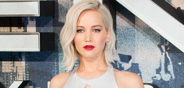 Какой цвет волос женщину молодит