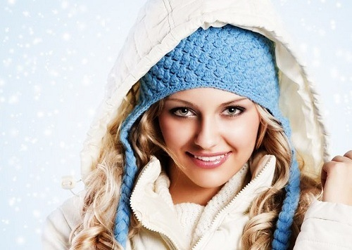 Как уберечь волосы зимой: простые и полезные советы