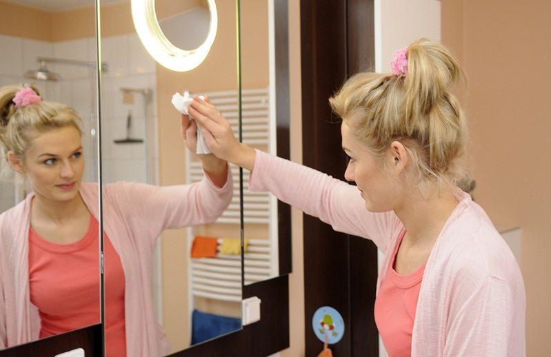 Как ухаживать за зеркалами